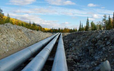 Leak integrity implies safety: Pressure measurement of pipelines