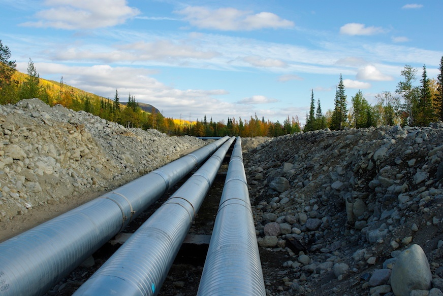 Leak integrity implies safety: Pressure measurement of pipelines