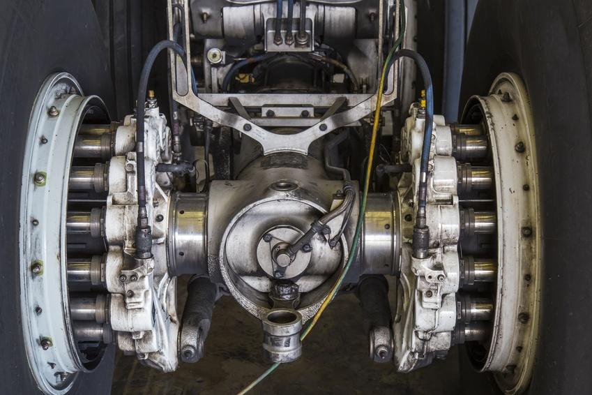 Landing gear hydraulic pressure testing